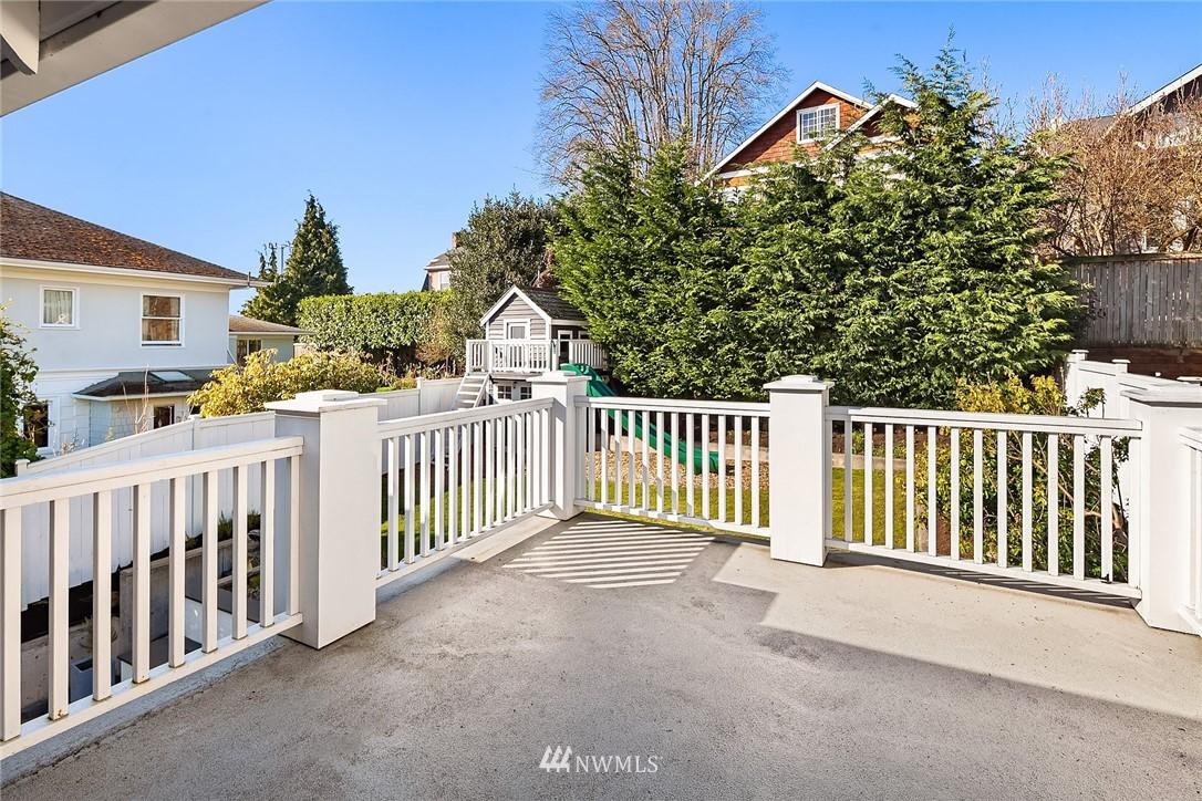 Sold Property | 2037 32nd Avenue S Seattle, WA 98144 25