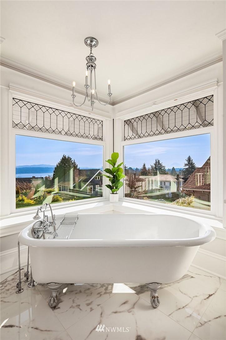 Sold Property | 2037 32nd Avenue S Seattle, WA 98144 20