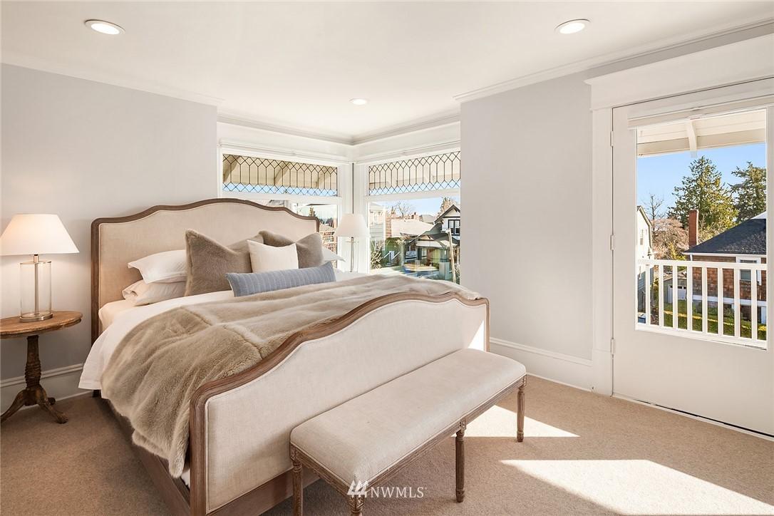 Sold Property | 2037 32nd Avenue S Seattle, WA 98144 17