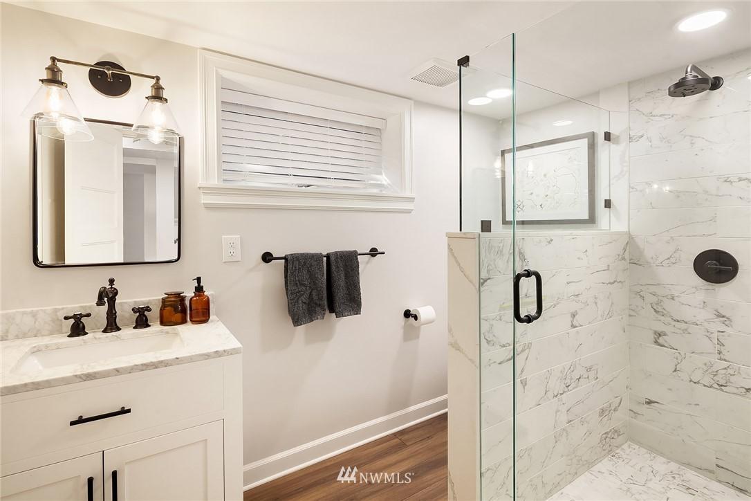 Sold Property | 2037 32nd Avenue S Seattle, WA 98144 29