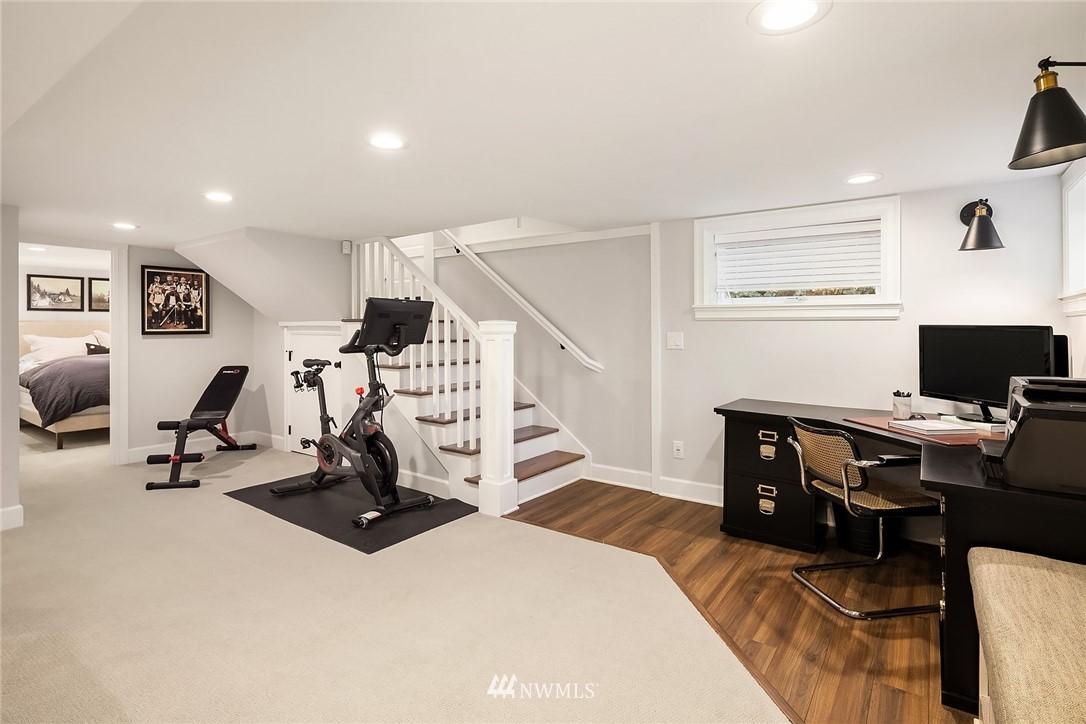 Sold Property | 2037 32nd Avenue S Seattle, WA 98144 26