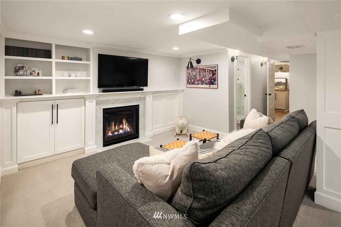 Sold Property | 2037 32nd Avenue S Seattle, WA 98144 27