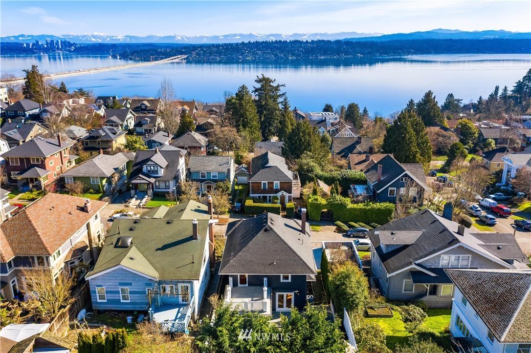 Sold Property | 2037 32nd Avenue S Seattle, WA 98144 34