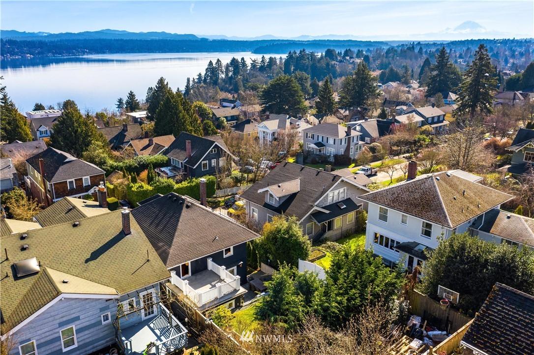 Sold Property | 2037 32nd Avenue S Seattle, WA 98144 35