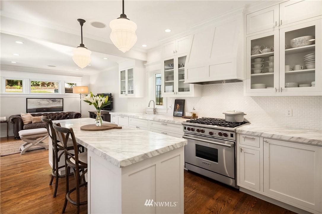 Sold Property | 2037 32nd Avenue S Seattle, WA 98144 11