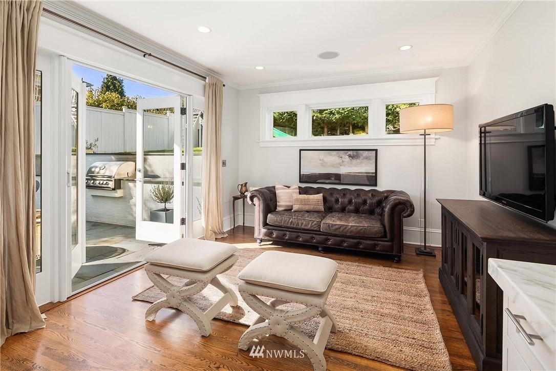 Sold Property | 2037 32nd Avenue S Seattle, WA 98144 13
