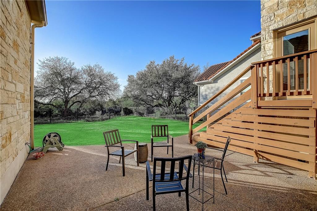 Pending | 11404 Woodland Hills Trail Austin, TX 78732 9