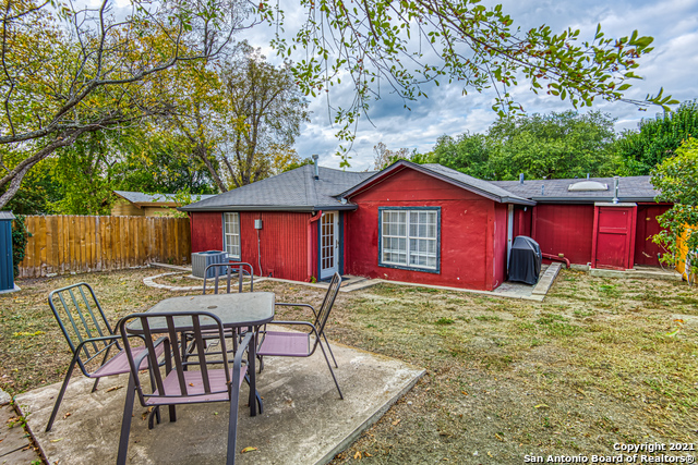 Off Market | 608 W HOLLYWOOD AVE San Antonio, TX 78212 21