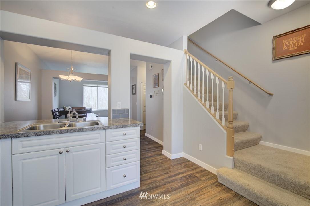 Sold Property | 10420 Holly Drive #C Everett, WA 98204 4