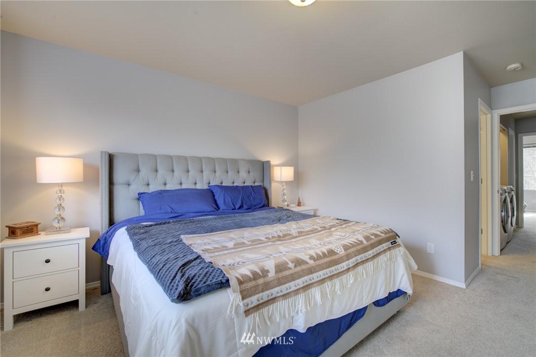 Sold Property | 10420 Holly Drive #C Everett, WA 98204 12