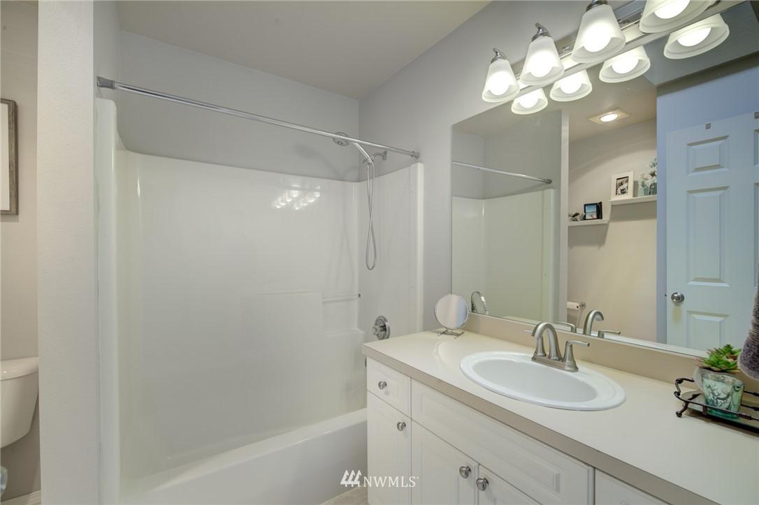 Sold Property | 10420 Holly Drive #C Everett, WA 98204 16