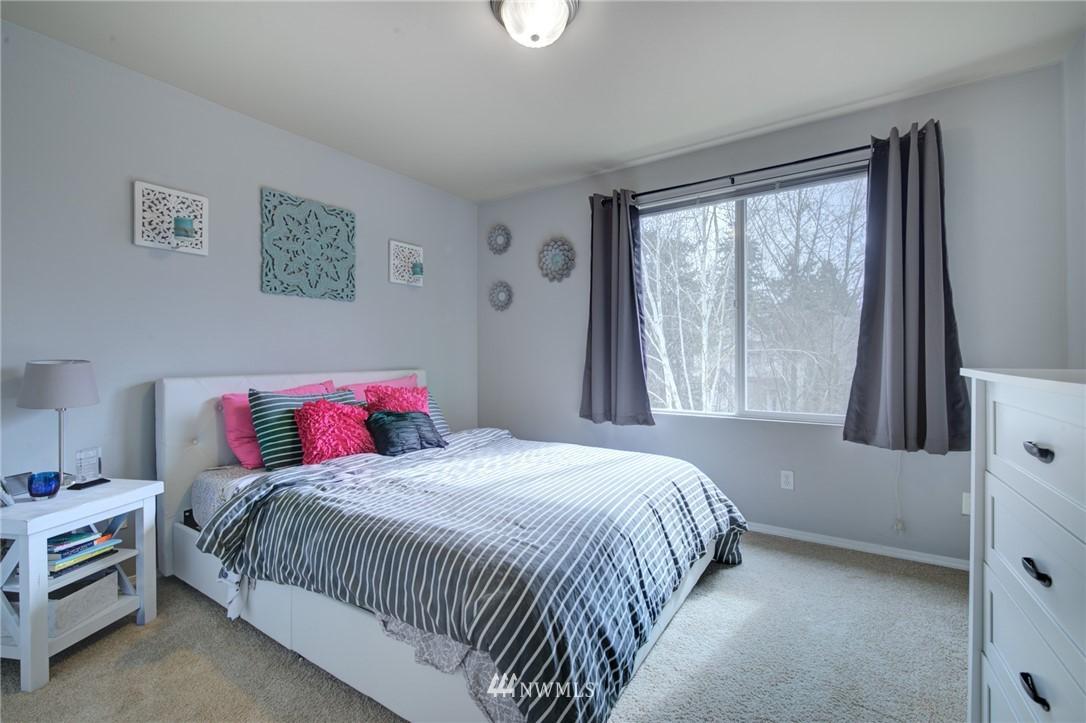 Sold Property | 10420 Holly Drive #C Everett, WA 98204 15