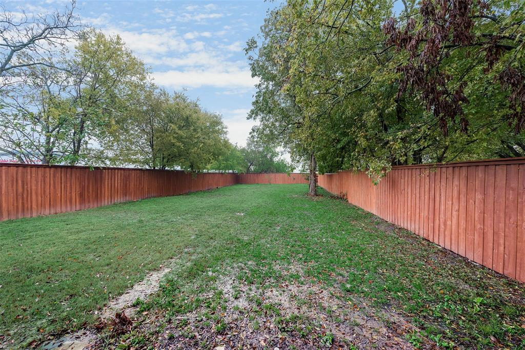 Active Contingent | 810 N Tennessee Street McKinney, Texas 75069 24