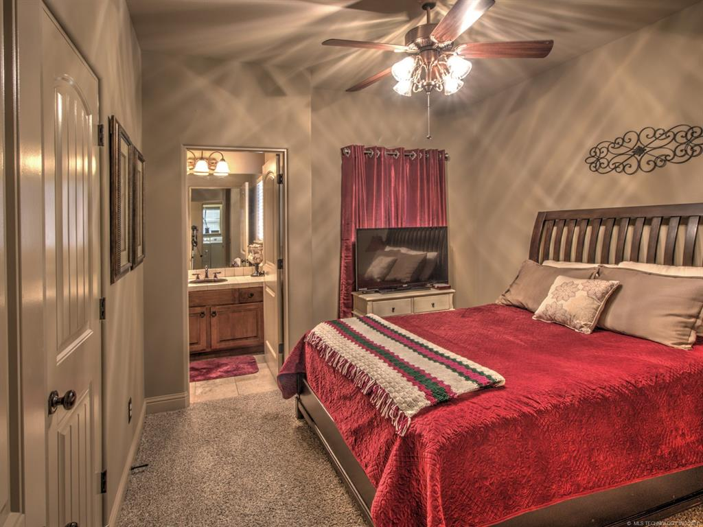 Off Market   3400 Heritage Hills Parkway Claremore, Oklahoma 74019 23
