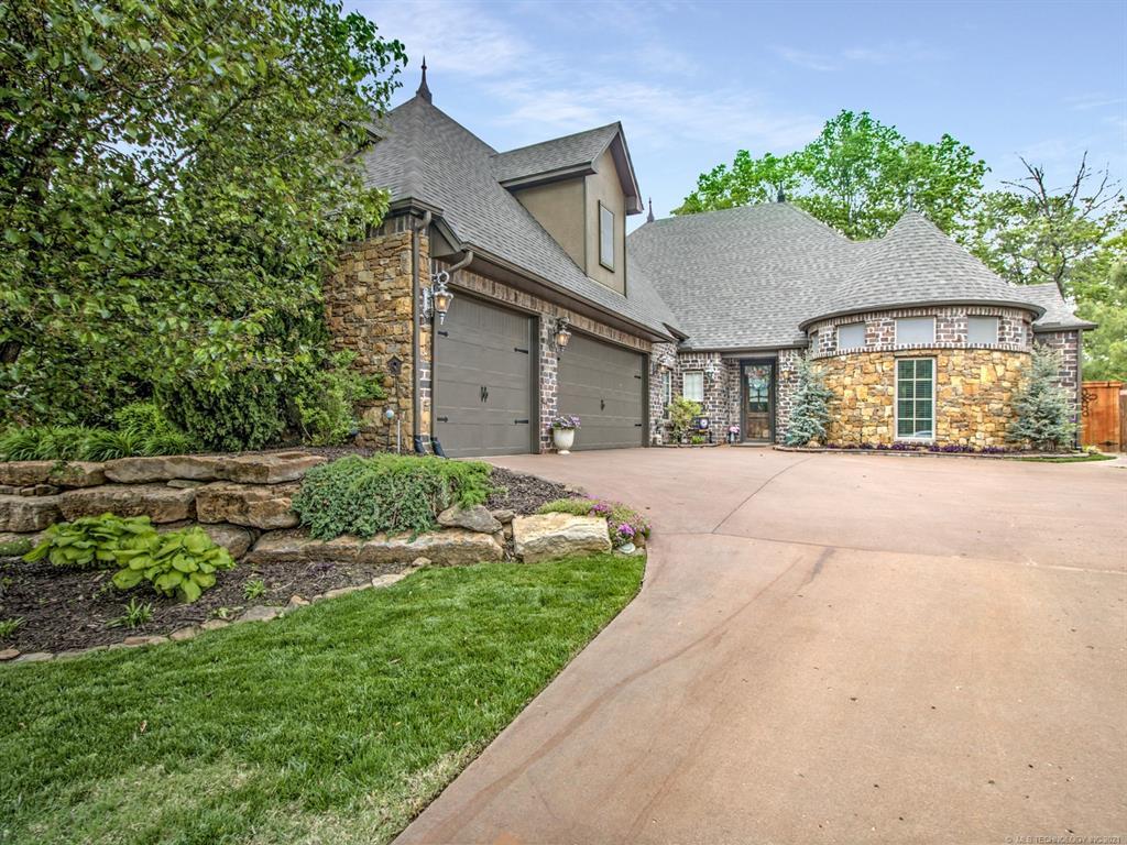 Off Market   3400 Heritage Hills Parkway Claremore, Oklahoma 74019 2