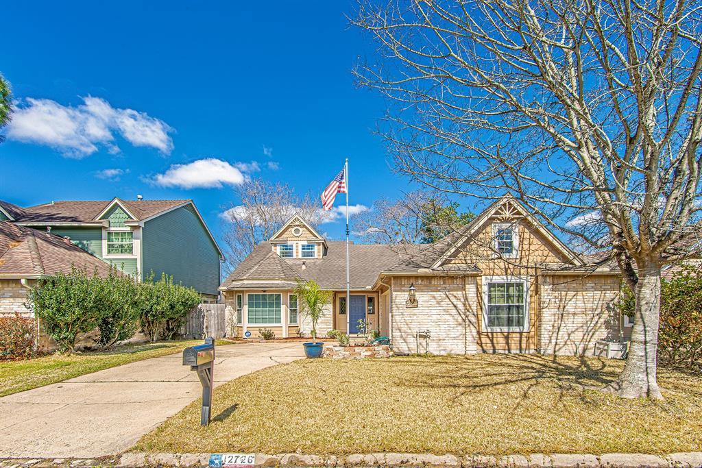 Pending | 12726 Ashford Creek Drive Houston, Texas 77082 25