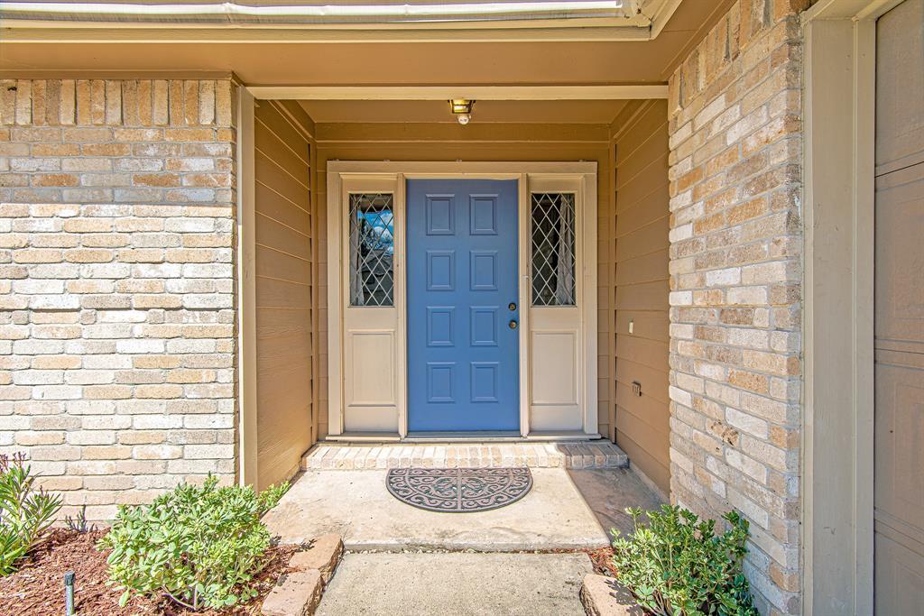 Pending | 12726 Ashford Creek Drive Houston, Texas 77082 27