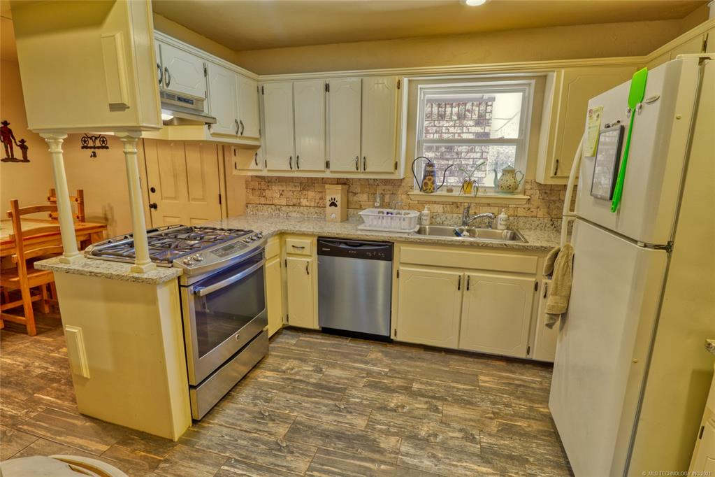 Off Market   1528 S 5th McAlester, Oklahoma 74501 9
