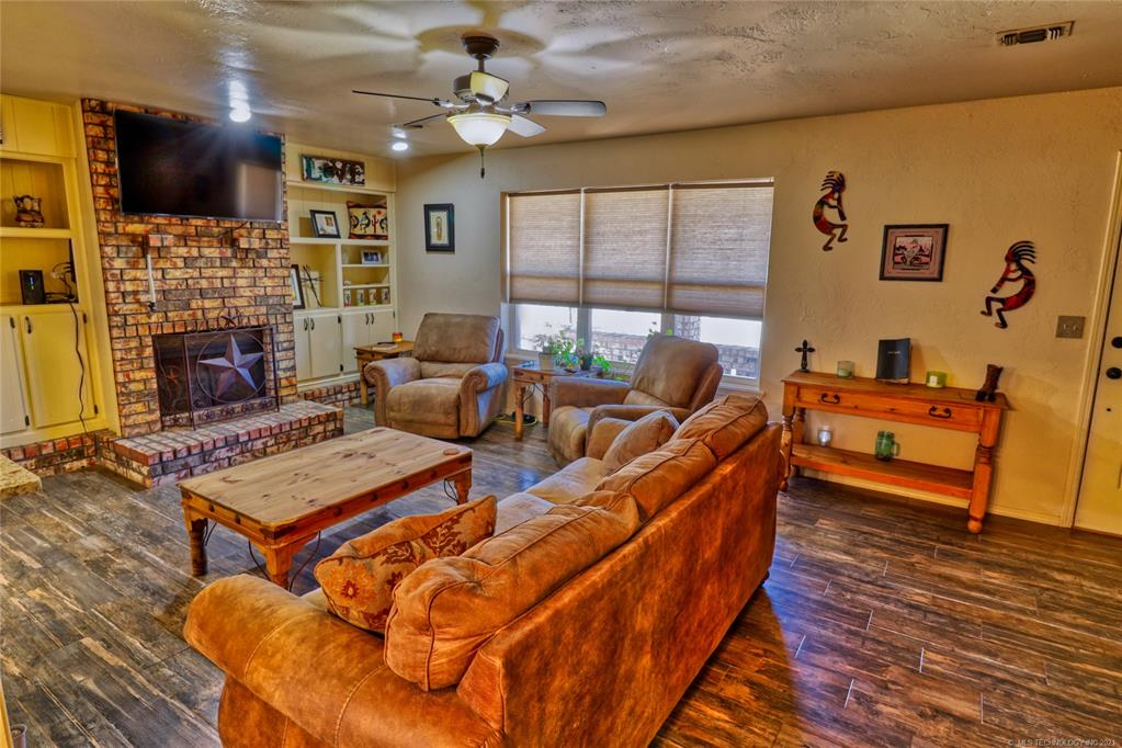 Off Market   1528 S 5th McAlester, Oklahoma 74501 15