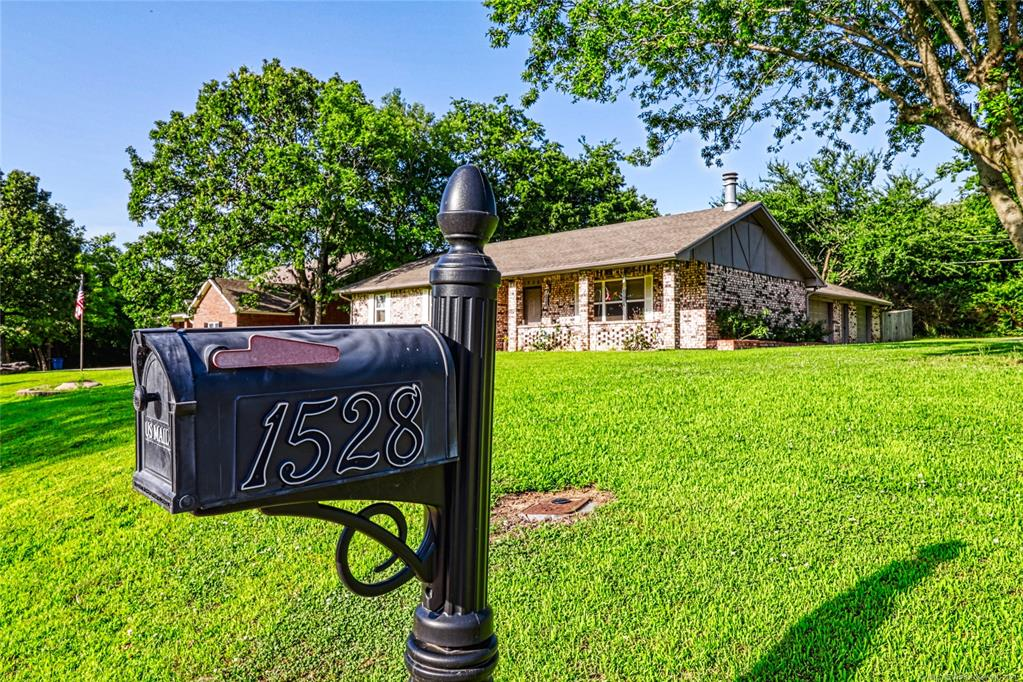 Off Market   1528 S 5th McAlester, Oklahoma 74501 1