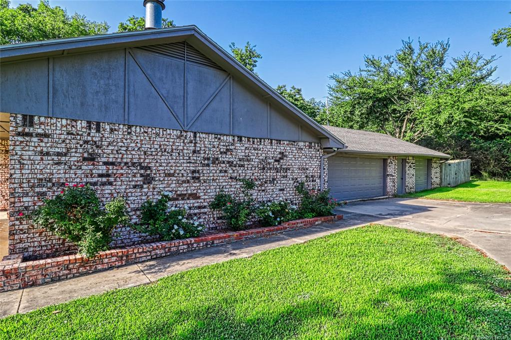 Off Market   1528 S 5th McAlester, Oklahoma 74501 2