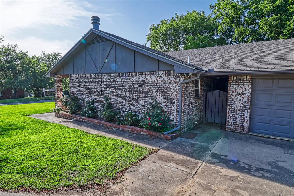Off Market   1528 S 5th McAlester, Oklahoma 74501 3