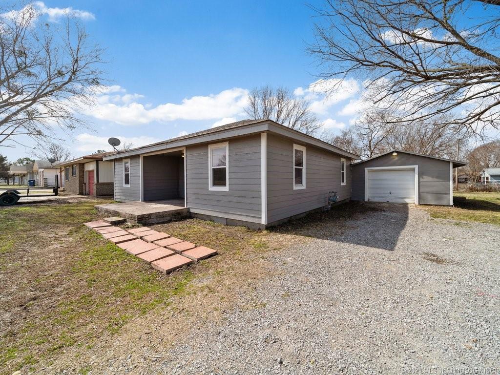 Off Market | 577 N Wyandotte Street Locust Grove, Oklahoma 74352 2