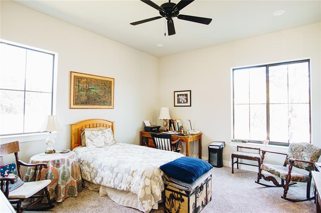 Pending | 2575 N Highway 183 Liberty Hill, TX 78642 19