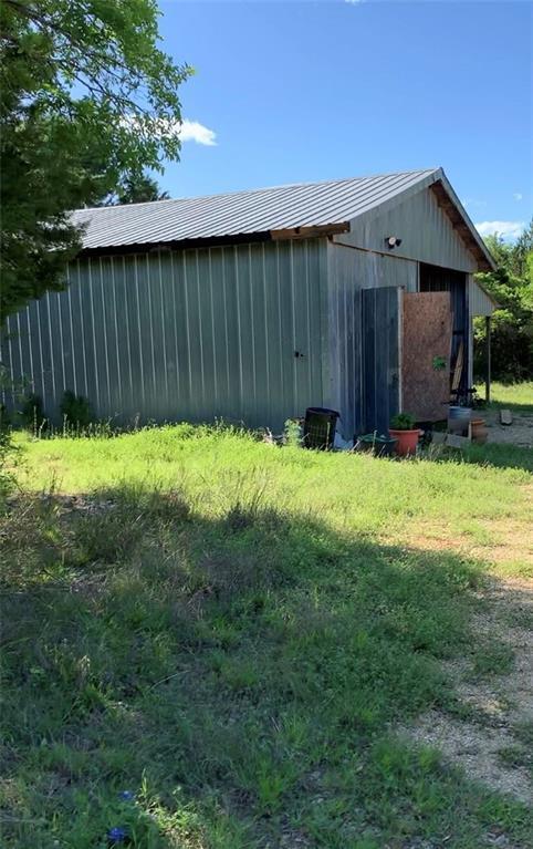 Pending | 2575 N Highway 183 Liberty Hill, TX 78642 37