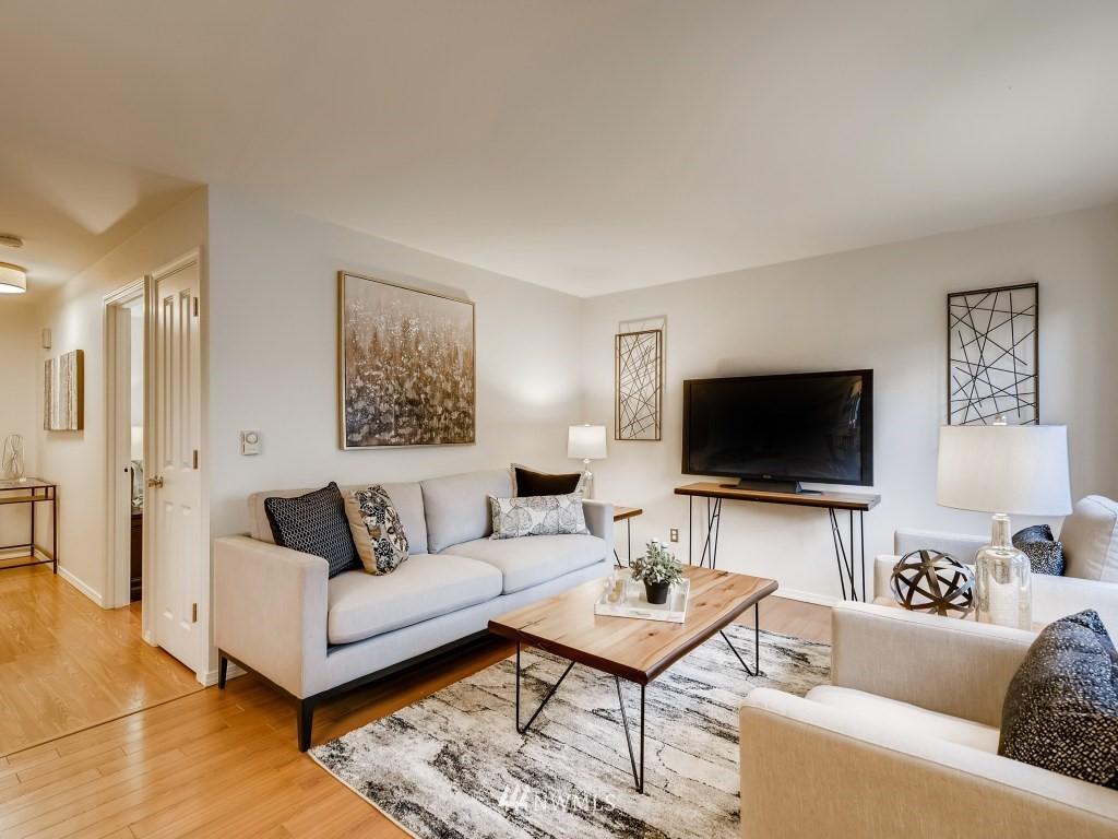 Sold Property   415 Summit Avenue E #2 Seattle, WA 98102 0