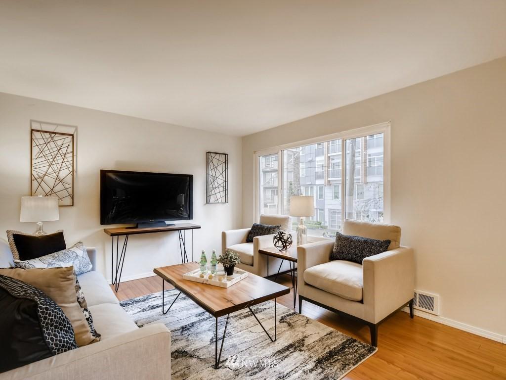 Sold Property   415 Summit Avenue E #2 Seattle, WA 98102 2