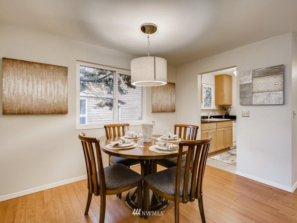 Sold Property   415 Summit Avenue E #2 Seattle, WA 98102 5