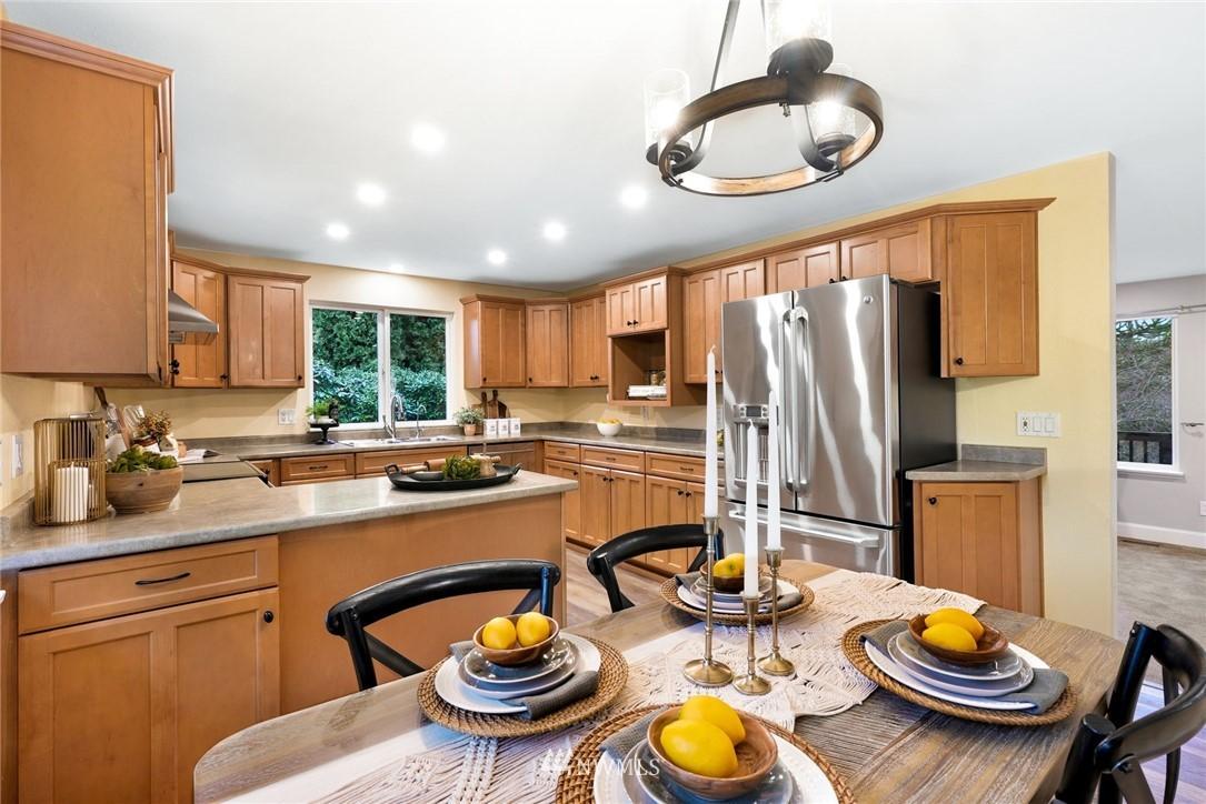 Sold Property | 8025 144th Drive SE Snohomish, WA 98290 6