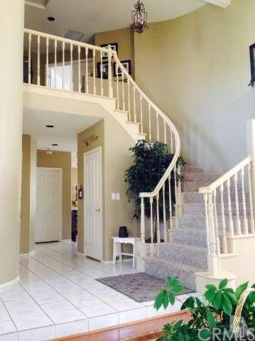 Closed   14512 Edgeview Place Canyon Country, CA 91387 1
