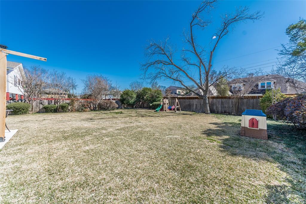 Pending   4218 Walnut Hill Lane Dallas, Texas 75229 31