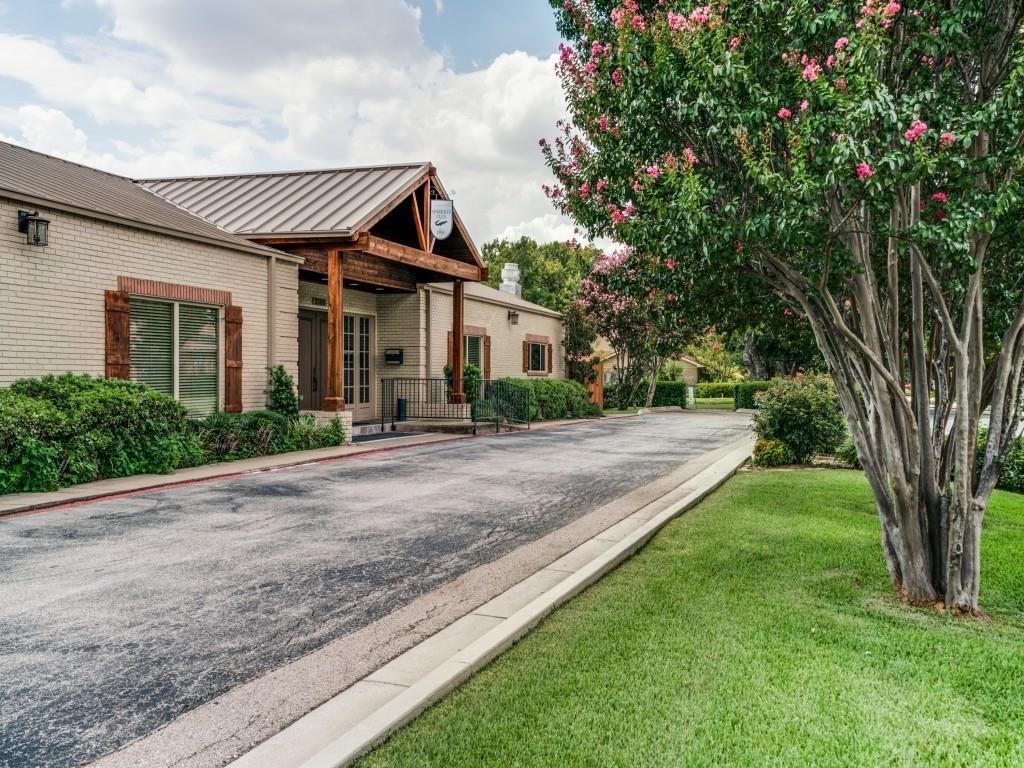 Pending   3314 Darbyshire Drive Dallas, Texas 75229 30