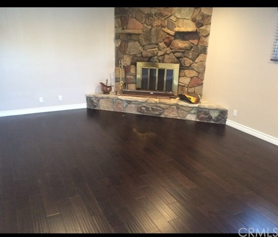 Active Under Contract | 11001 Firmona Avenue Inglewood, CA 90304 5