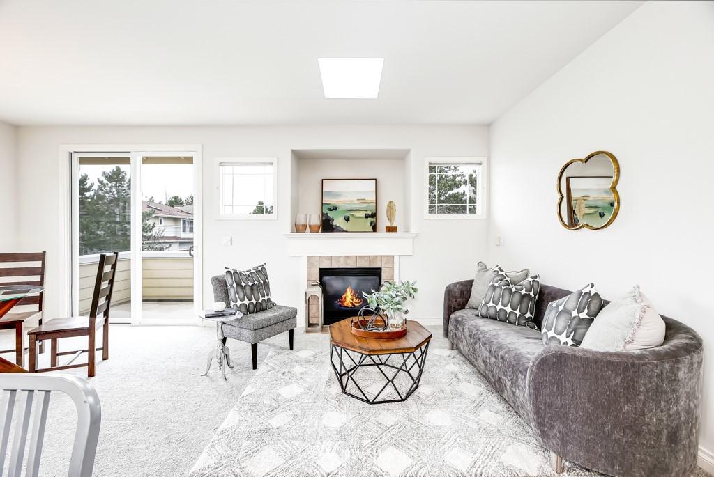 Sold Property | 6231 189th Pl NE #102 Redmond, WA 98052 2