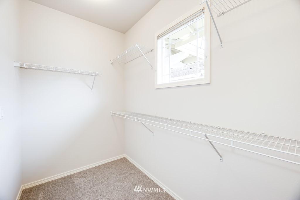 Sold Property | 6231 189th Pl NE #102 Redmond, WA 98052 12