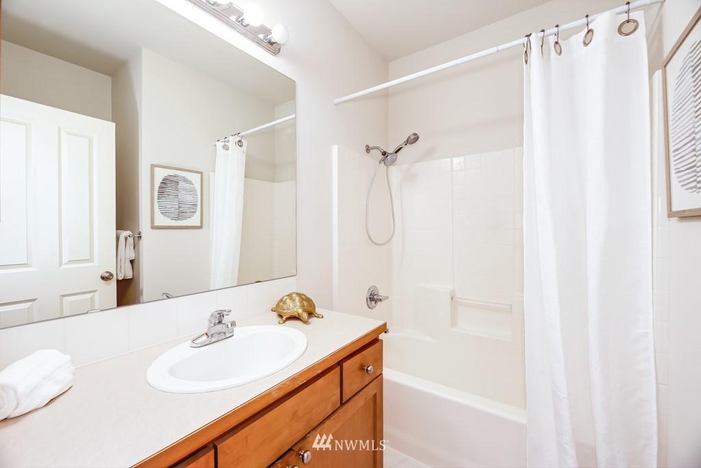 Sold Property | 6231 189th Pl NE #102 Redmond, WA 98052 14