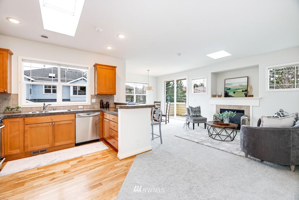 Sold Property | 6231 189th NE #102 Redmond, WA 98052 1