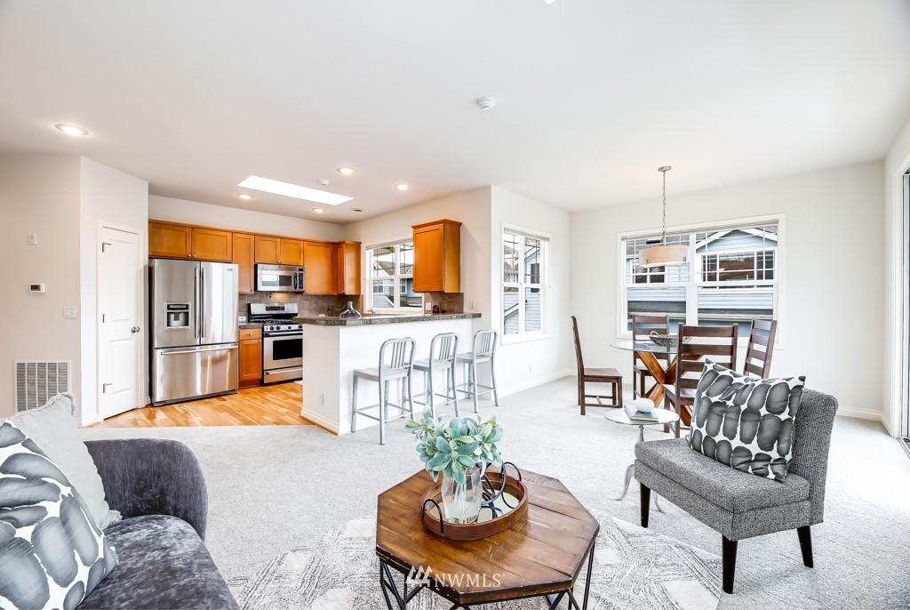 Sold Property | 6231 189th NE #102 Redmond, WA 98052 3