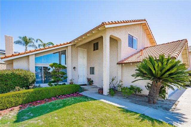 Closed | 7690 E Paseo Laredo Anaheim Hills, CA 92808 2
