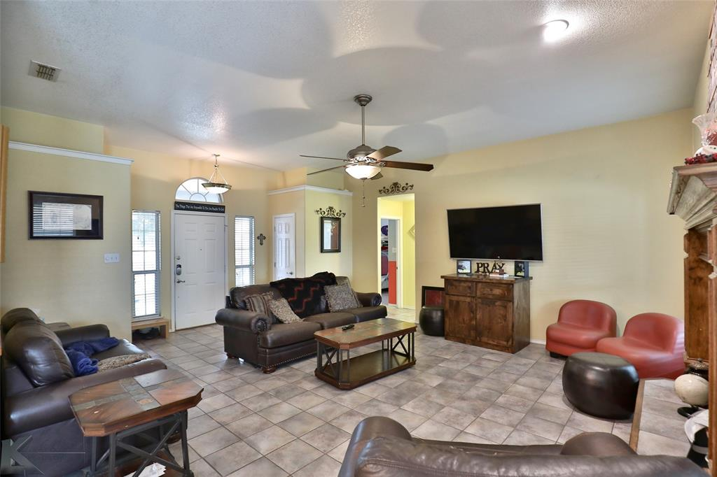 Sold Property | 6533 Todd Run Abilene, Texas 79606 3