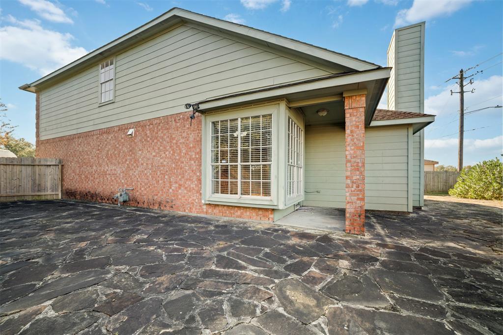 Off Market   9507 Almeda Bend Court Houston, Texas 77075 24