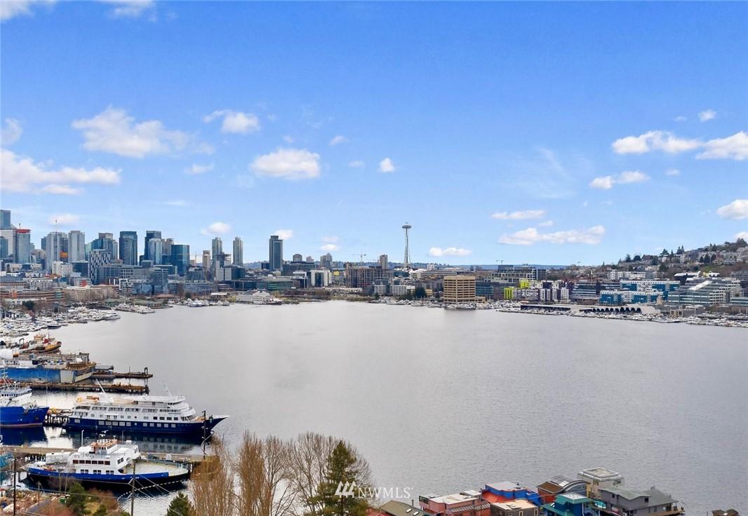 Sold Property | 2332 Yale Avenue E Seattle, WA 98102 0
