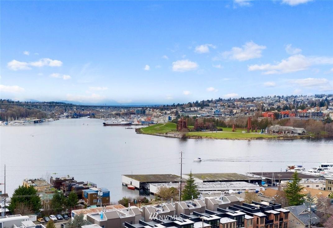 Sold Property | 2332 Yale Avenue E Seattle, WA 98102 1
