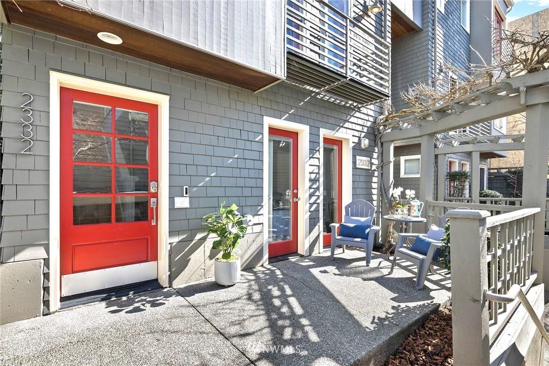 Sold Property | 2332 Yale Avenue E Seattle, WA 98102 2