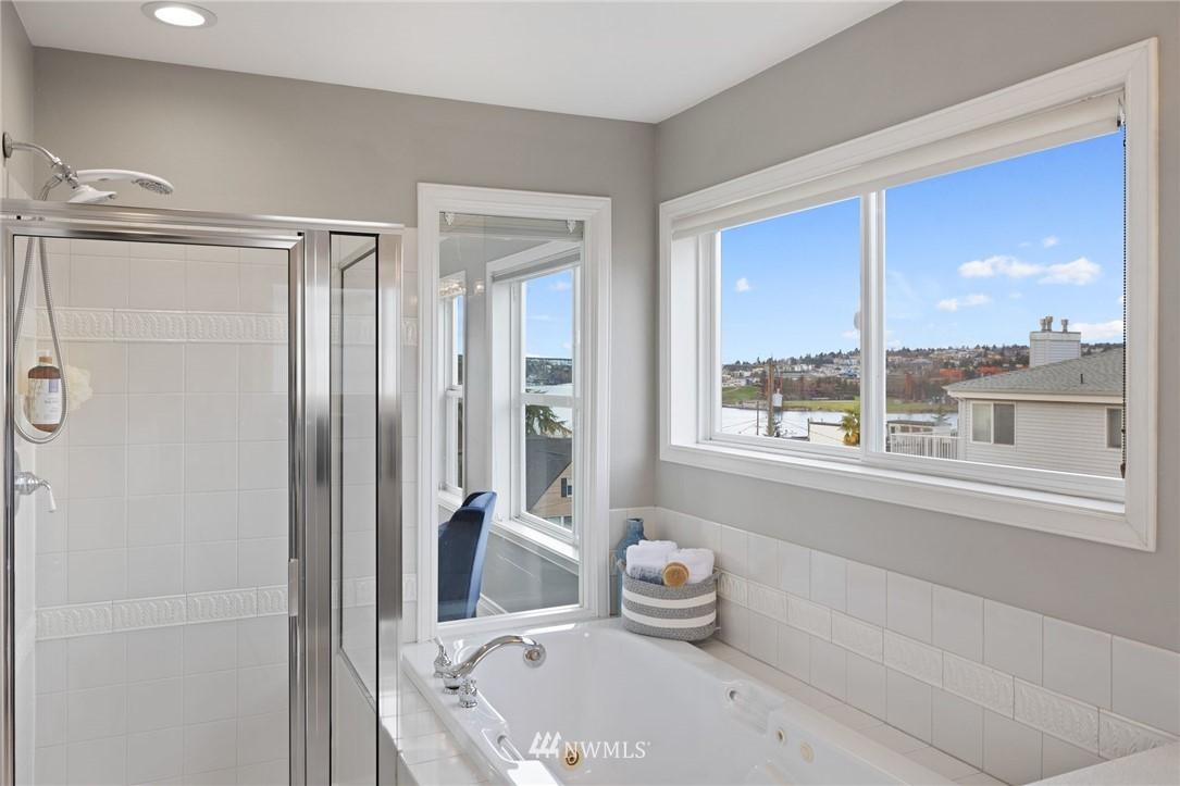 Sold Property | 2332 Yale Avenue E Seattle, WA 98102 15