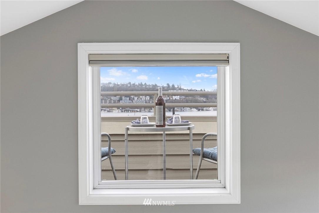 Sold Property | 2332 Yale Avenue E Seattle, WA 98102 18